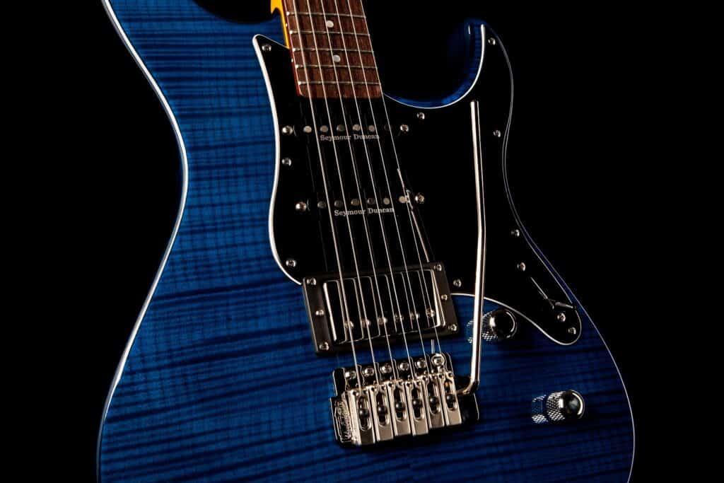 Yamaha Pacifica 612VII