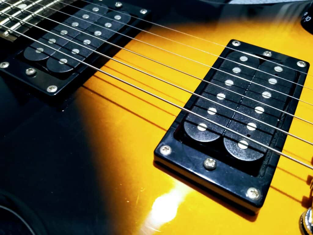 One Of The Best Beginner Guitars: Epiphone Les Paul Special 2